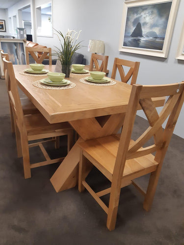 Maxi oak table and chairs