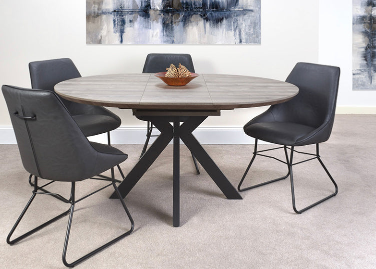 Manhattan round extending table and 4 chairs