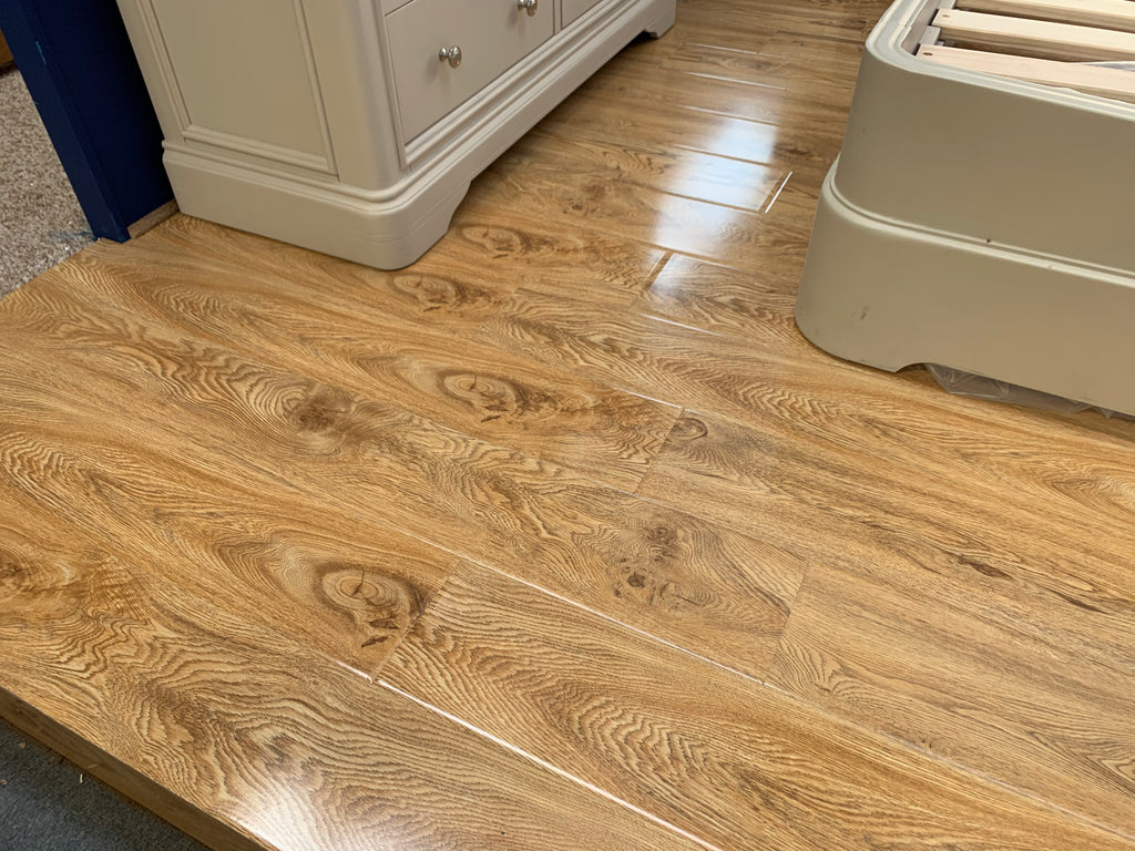 Irish Oak 12mm laminate