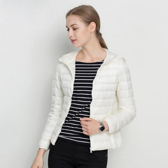 Women Ultra Light Hooded Down Jacket