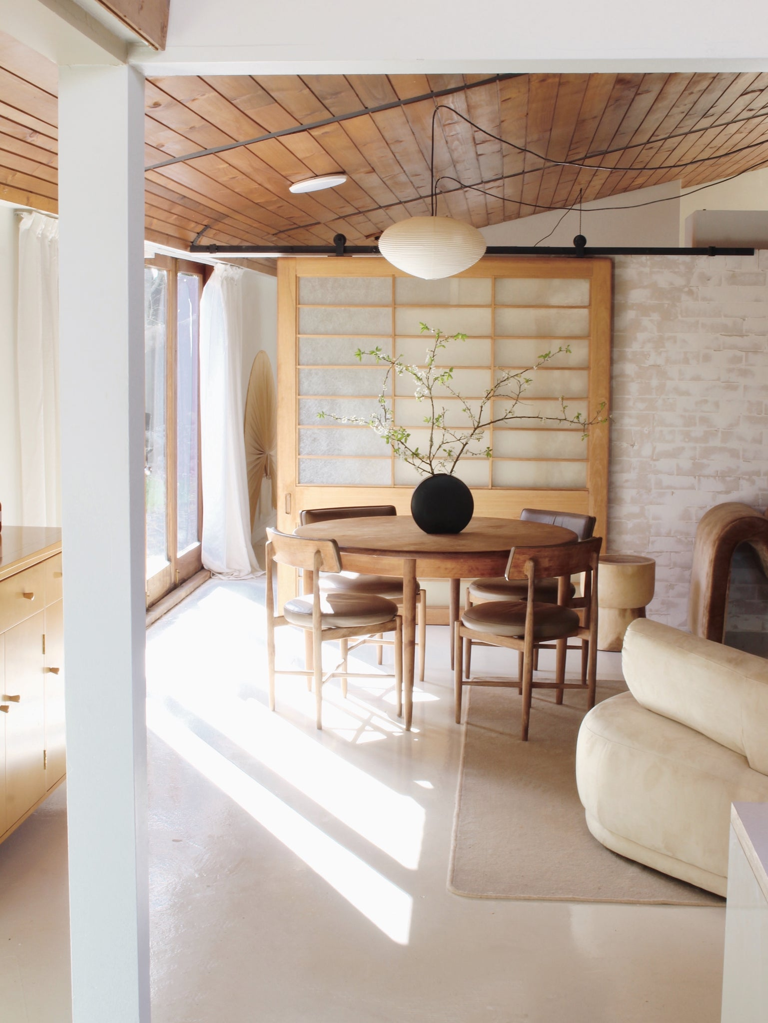 A Japanese And Scandinavian Interior Design Fusion Japandi George And Willy