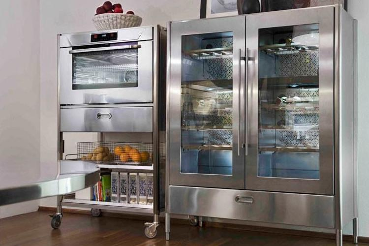 Facts and myths about stainless steel kitchens