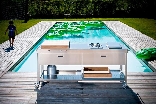 OUTDOOR KITCHEN UNIT 190 'SWIMMING POOL'