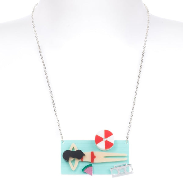 Beach Life Sunbathing Necklace