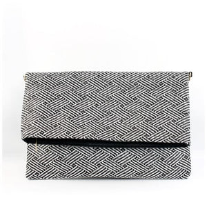 Ellis Clutch in Black