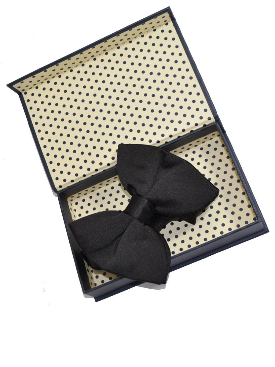Le Noeud Papillon Silk Black Bow Tie Large Butterfly Pre-Tied