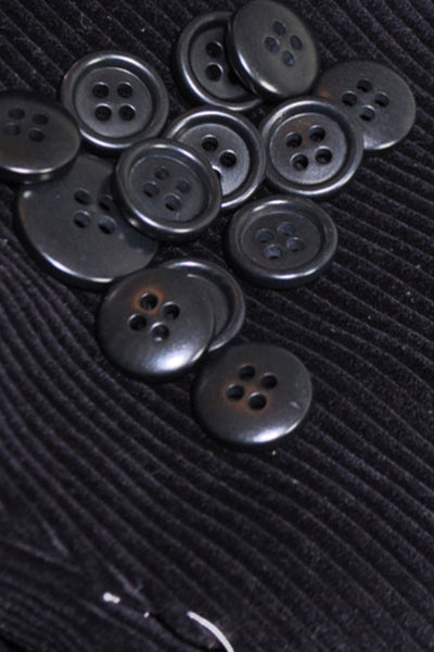 Kiton Buttons