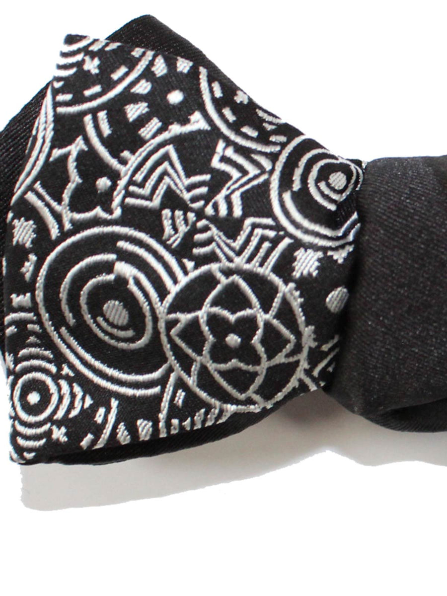 Black Silver Geometric Bow Tie Diamond Point