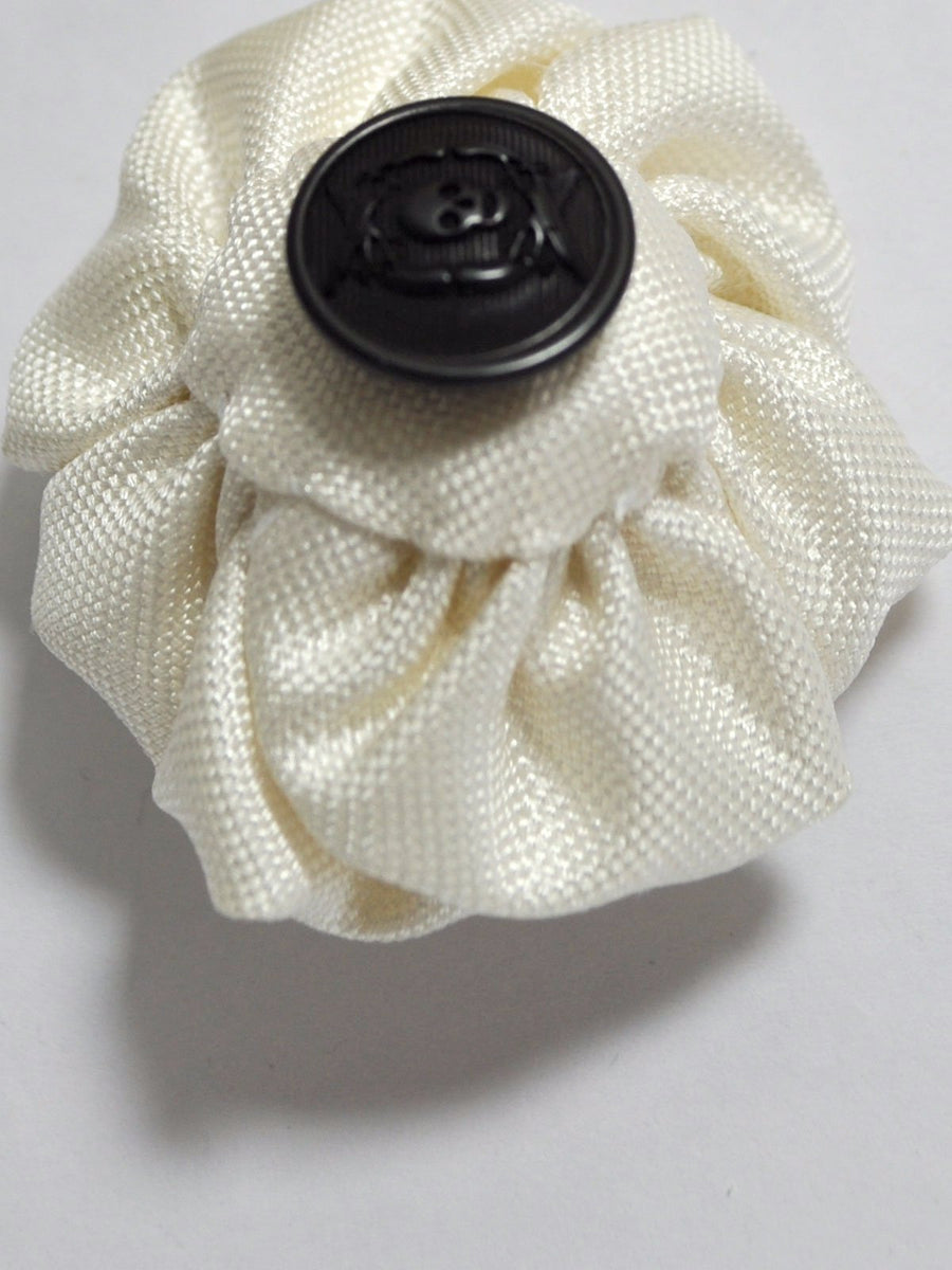 Le Noeud Papillon Silk Lapel Flower White