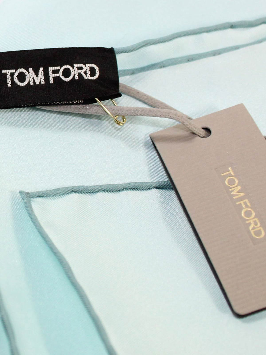 Tom Ford Pocket Square Solid Powder Blue