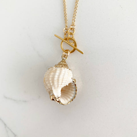 Mini Riggings Conch Shell Necklace