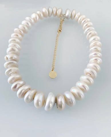 Enormae Pearl Necklace