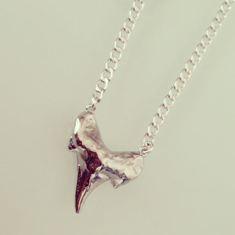 Chompers Large Shark Tooth Necklace in SILVER