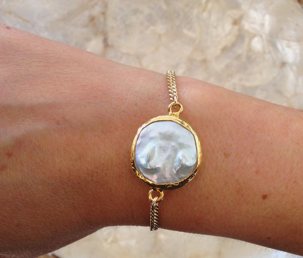 Mother of Pearls Bracelet - Gold or Silver