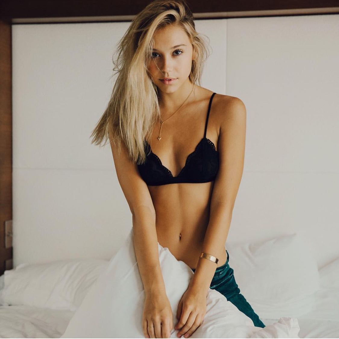 #Longlostloves/alexisren