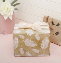Load image into Gallery viewer, Free Gift wrapping - Coastal Living Co