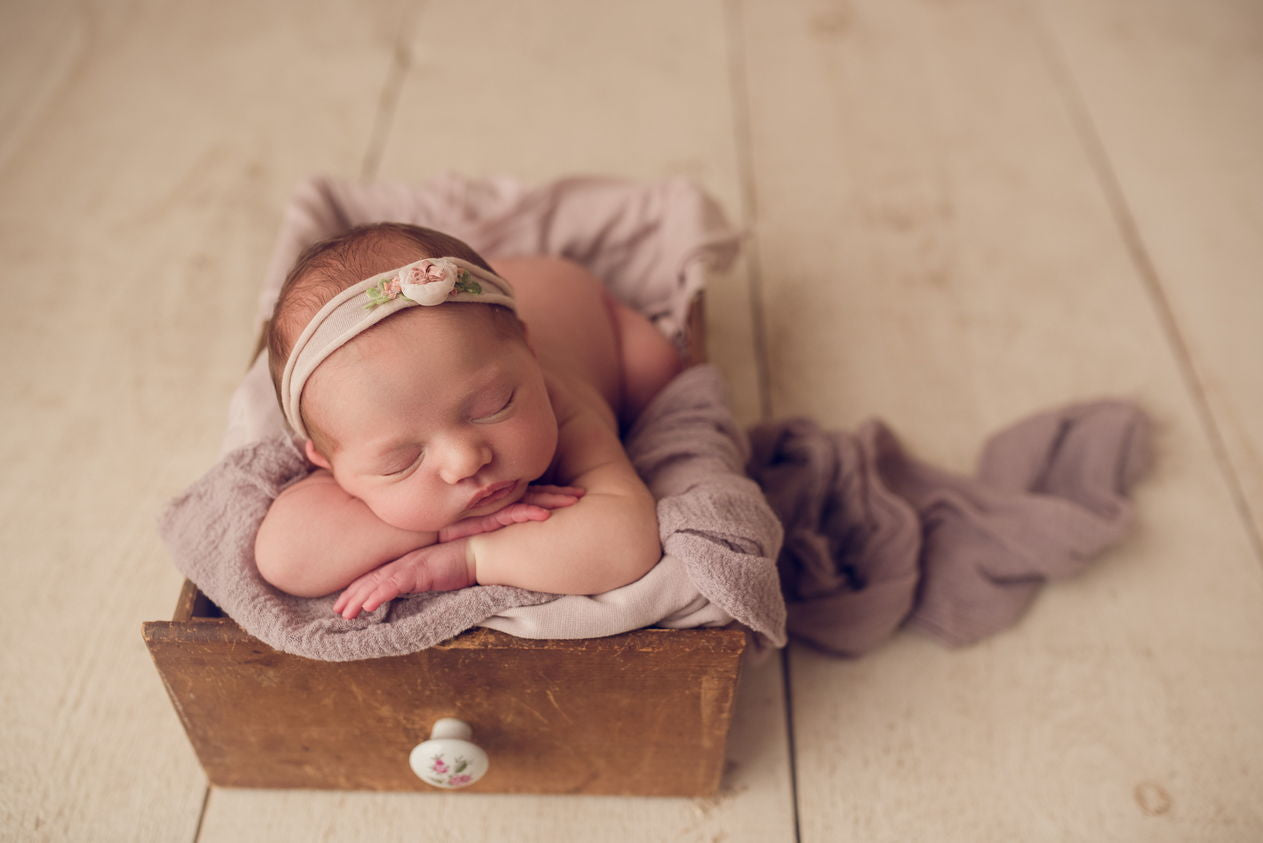 What to Expect When you're Expecting; a Newborn Photography Shoot