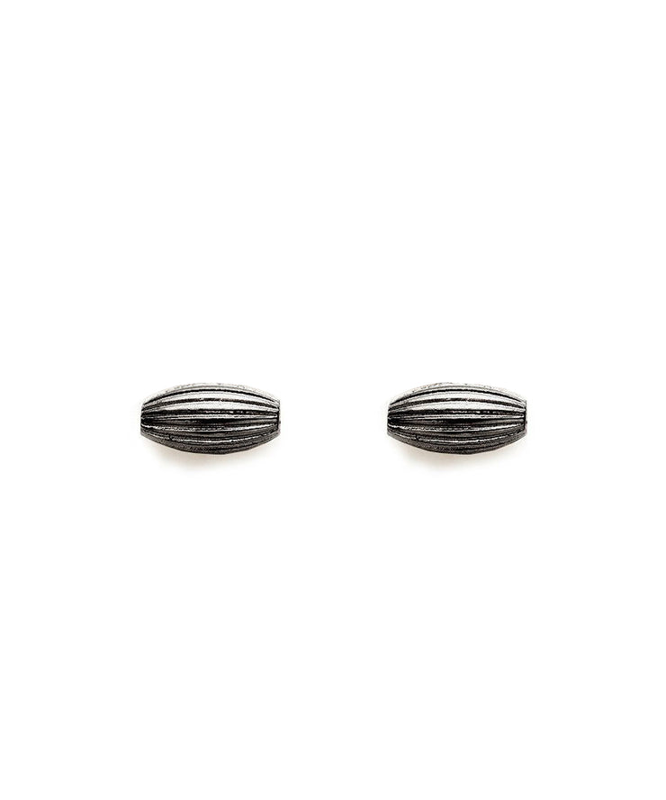 Rice Bead Stud Earrings (Gunmetal)