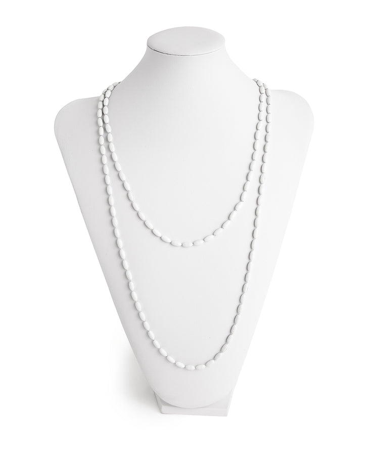 Charleston Rice Bead Necklace (Bright White)