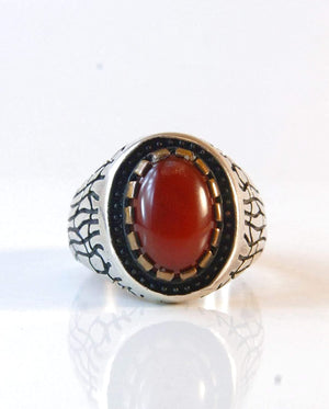 Yemeni Aqeeq Ring Men | Dark Red Kabadi Aqeeq | AlAliGems | Silver Ring Size 11 - AlAliGems