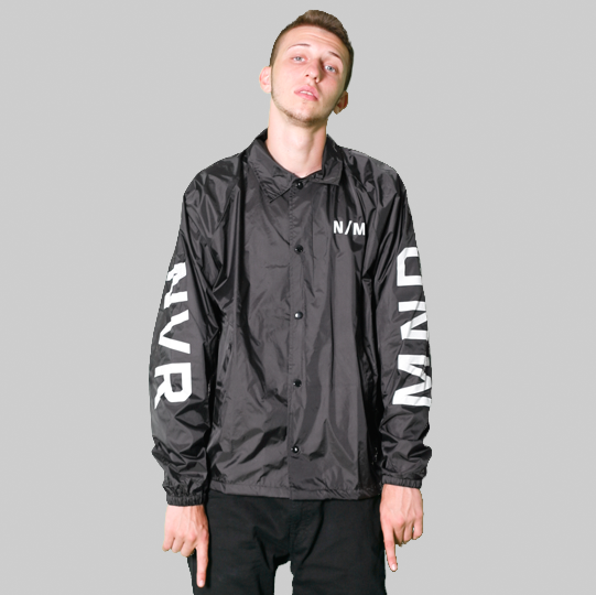 BLACKOUT WINDBREAKER
