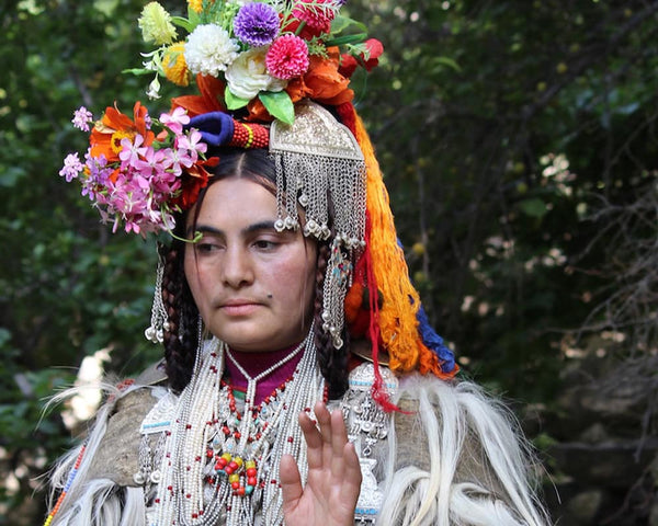 The Floral Headdresses of the Brokpa Community in Ladakh - The Last Aryans