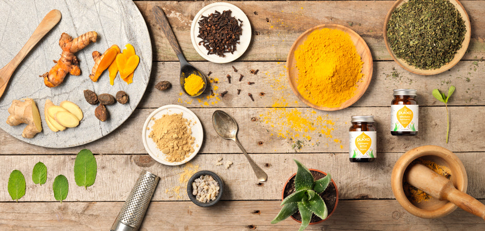 Pukka Herbs - Healthy Spices - Turmeric/Curcuma & Ginger - Healthy Tea - Health Benefits of Tea - Ayurvedic Herbs