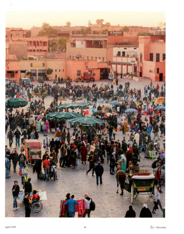 picture of a market in morocco