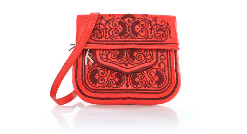 picture of the red berber bag from abury