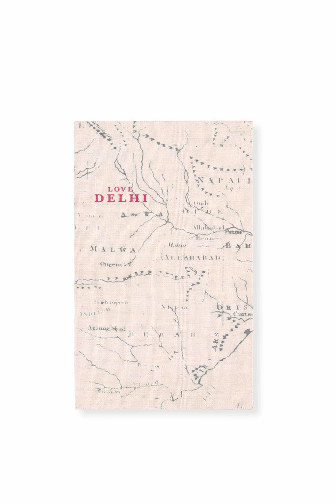 "India Travel Guide Book ""Love Delhi"""