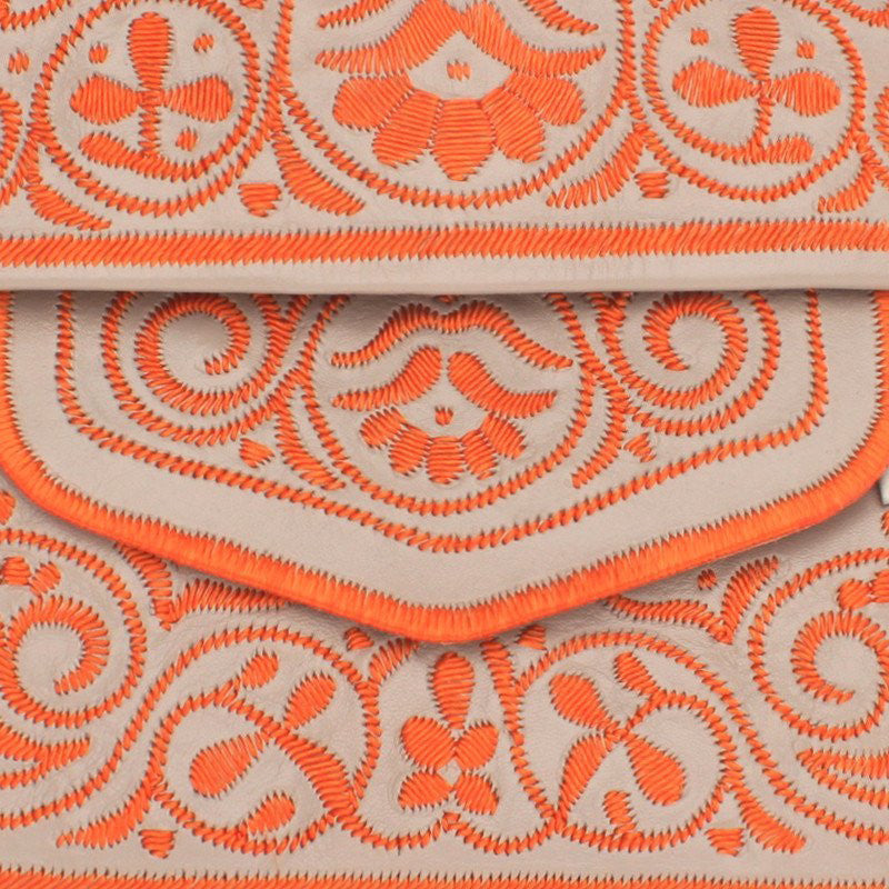 details of Beige and Peach abury Leather Berber Bag