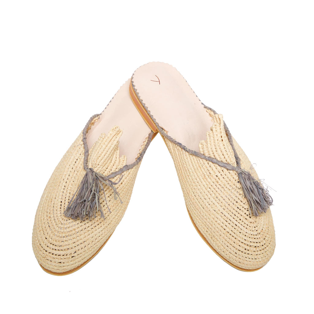 side view abury beige, grey raffia summer slippers with tassel
