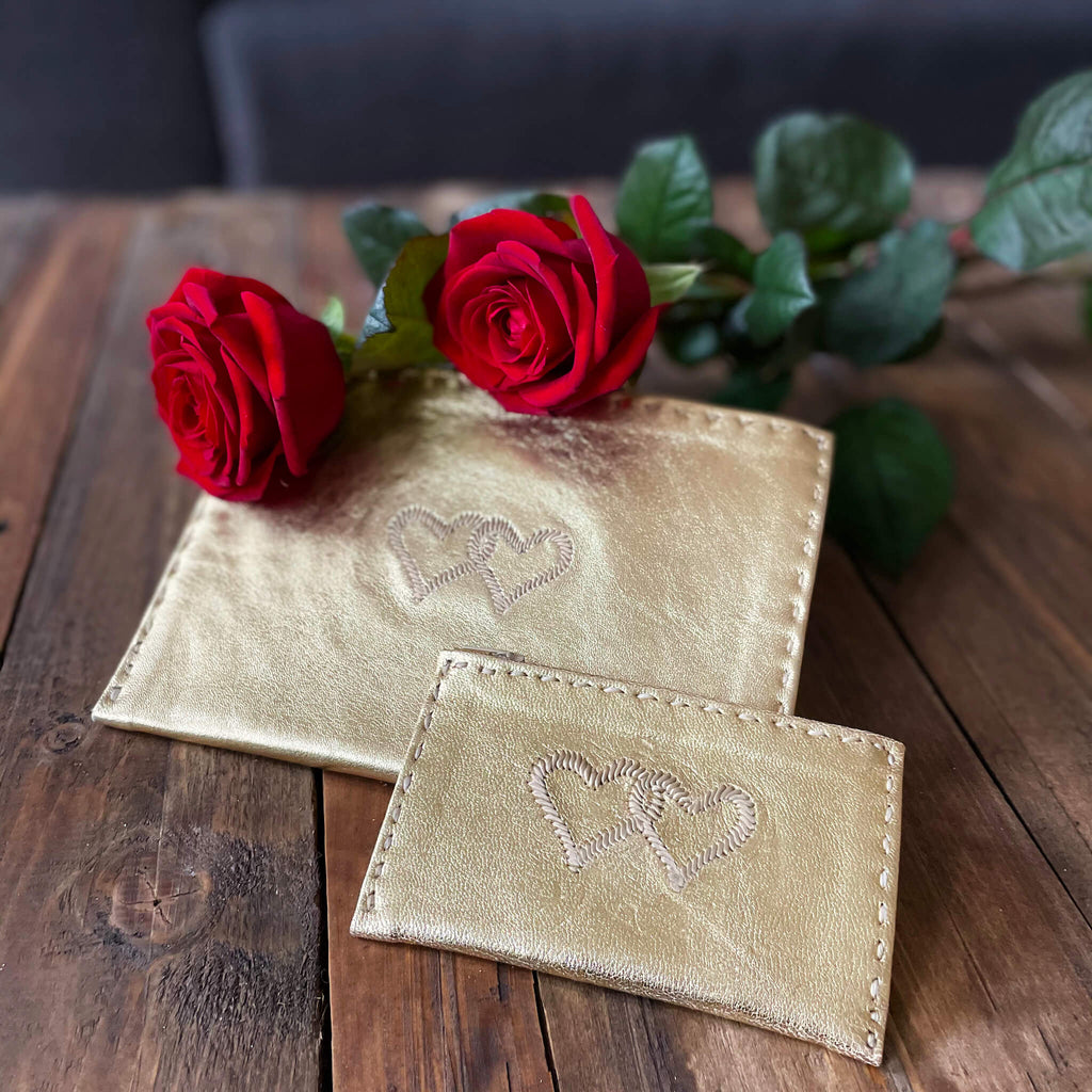 Embroidered Leather Coin Wallet *Love Edition* in Gold