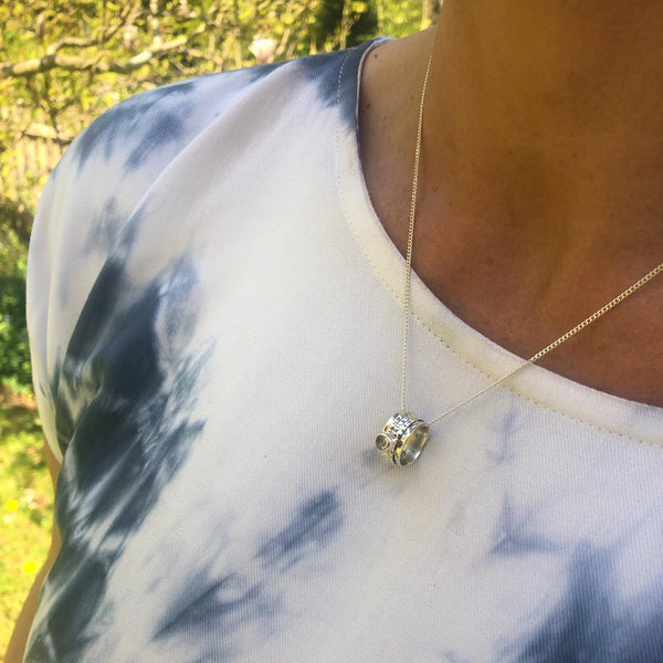 ETHEREAL GALAXY SPINNING NECKLACE SHORT CHAIN