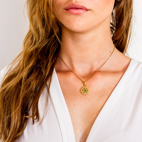 HEART CHAKRA NECKLACE - GOLD