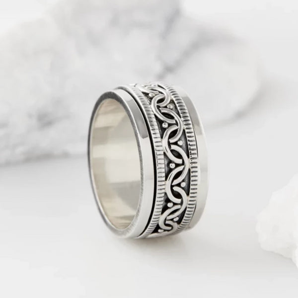 Celtic Bravery Silver Spinning Ring