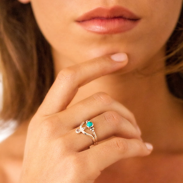 Holi Jewel V Stacking Ring - Moonstone