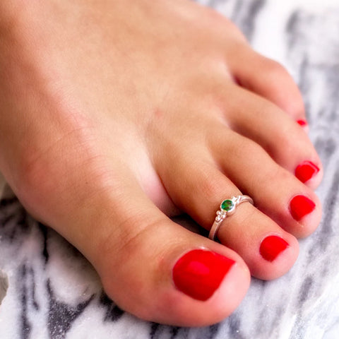 Holi Jewel Midi or Toe Stacking Ring - Emerald