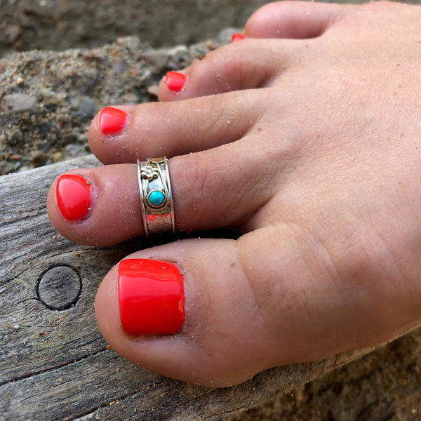 Secret Garden Turquoise Toe Ring