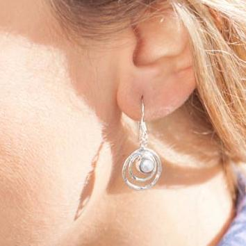 GEMSTONE INFINITY DROP EARRINGS - PEARL