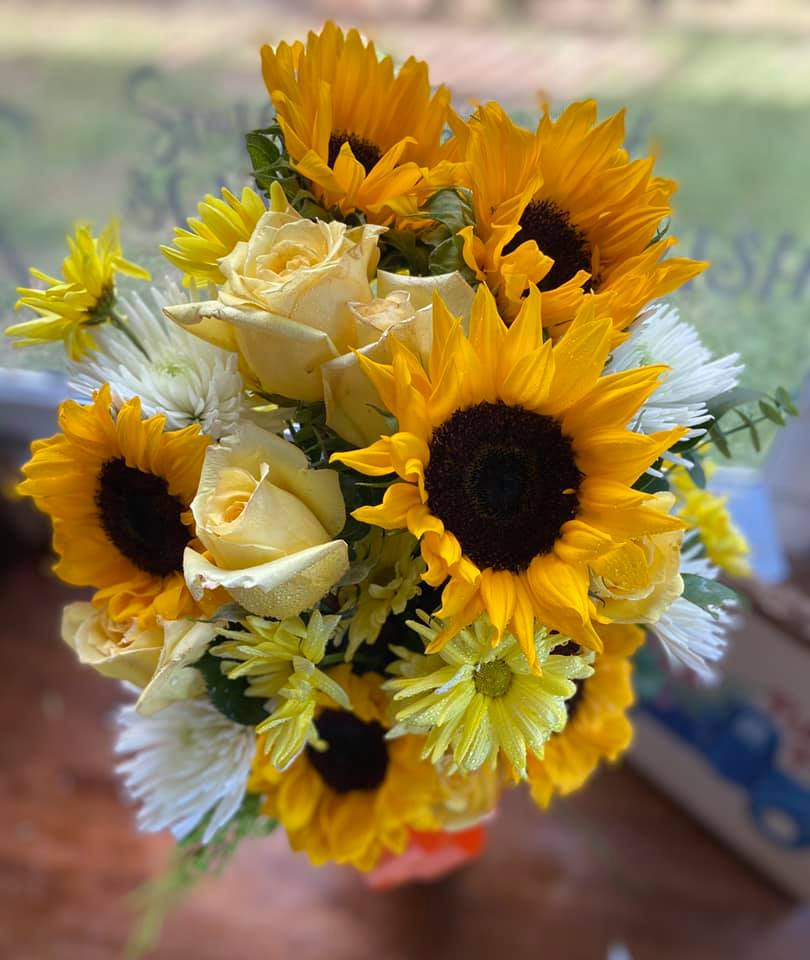Sunshine Smile Bouquet in Keepsake Vase