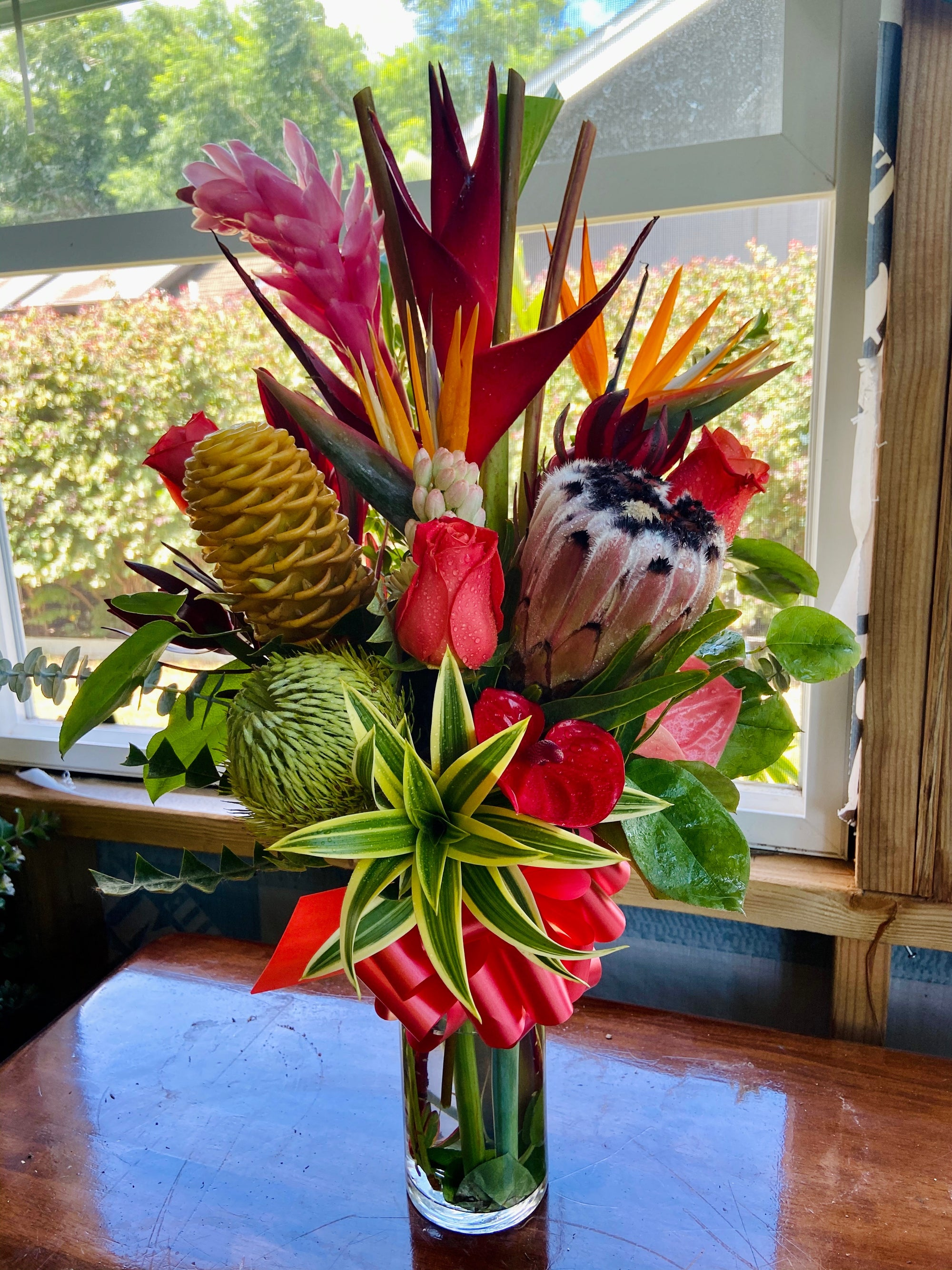 Aloha ʻĀina ~ Seasonal Tropical and Protea
