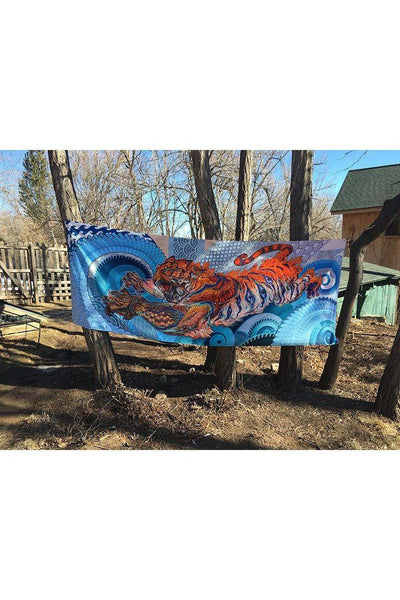 TIGER SWALLOW TAIL TAPESTRY