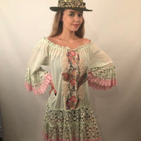 PEACOCK FEATHER LACE TRIM DRESS