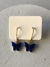 Load image into Gallery viewer, Pearl Butterfly Earrings