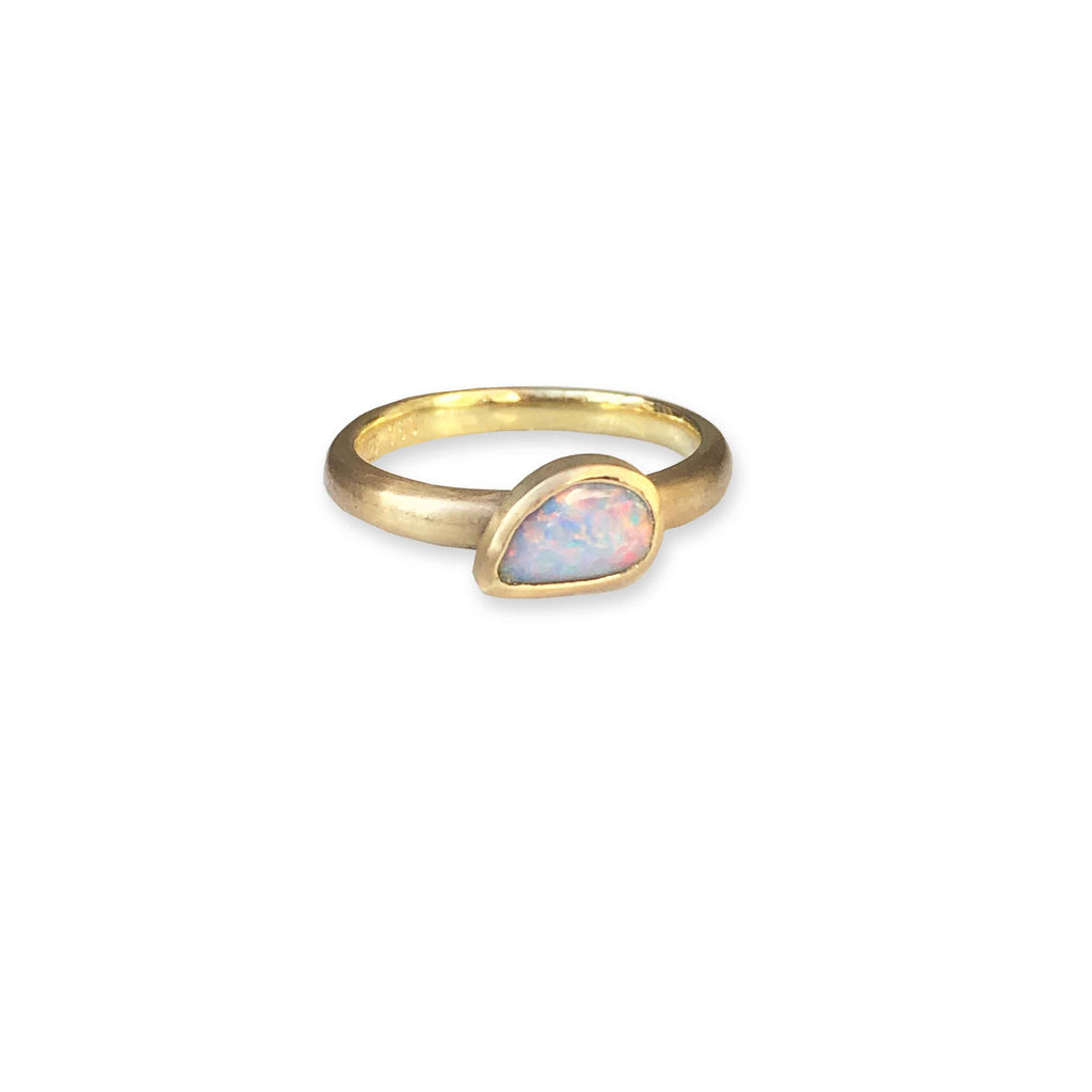 Etrusca stacker ring with teardrop shape solid boulder opal