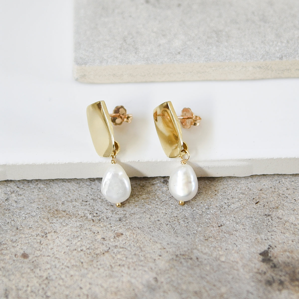 Siren Pearl Earrings