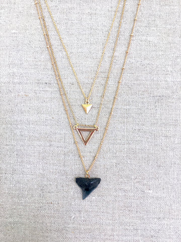 3-layer necklace with shark tooth pendant