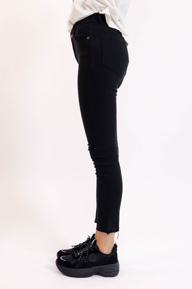 Black Skinny Jean with Knee Distressing