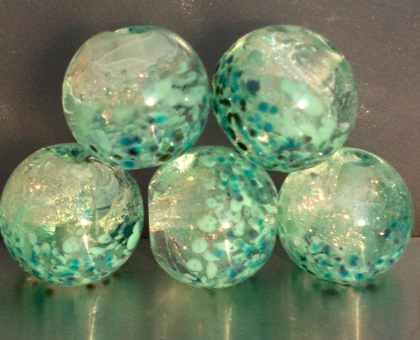 Beads by Kris Schaible of Noodlesaurus.com